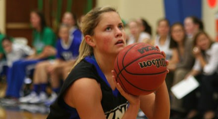Nor'easters knock off No  14 Colby in overtime, 70-63